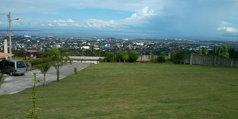 overlooking-house-for-sale-south-hills-labangon-cebu (2)