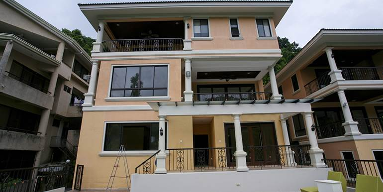Maria Luisa Estate Park - Brand New 3 Storey House for Sale
