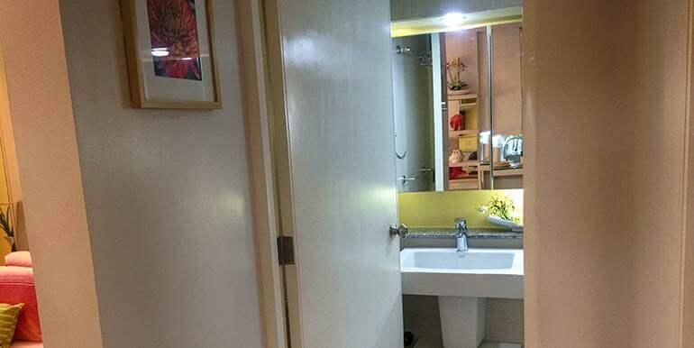 Calyx-Centre-Condominium-Special-Studio-Unit-for-Rent (15)