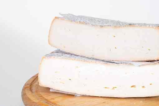 foto formaggio taleggio in dettaglio