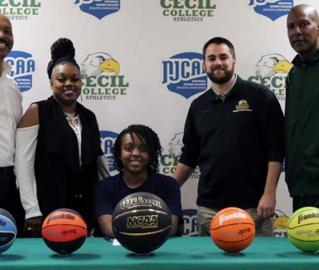 Alexis Stubblefield Signs Letter Of Intent
