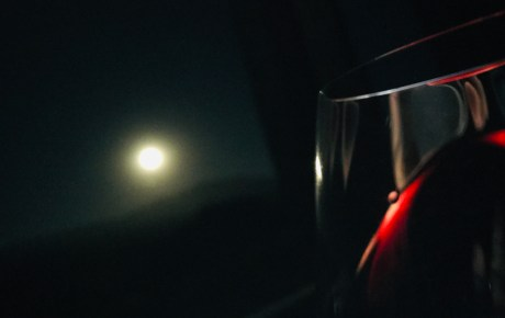 Full moon & red wine