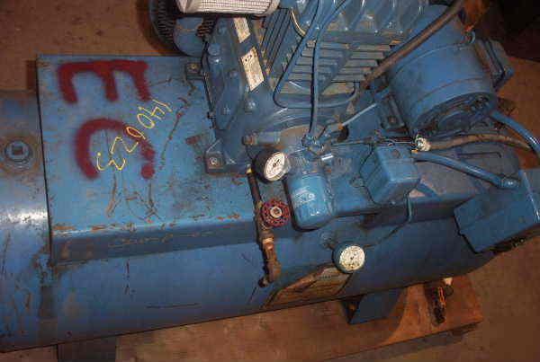 Quincy 5 Hp Model 325 Air Compressor