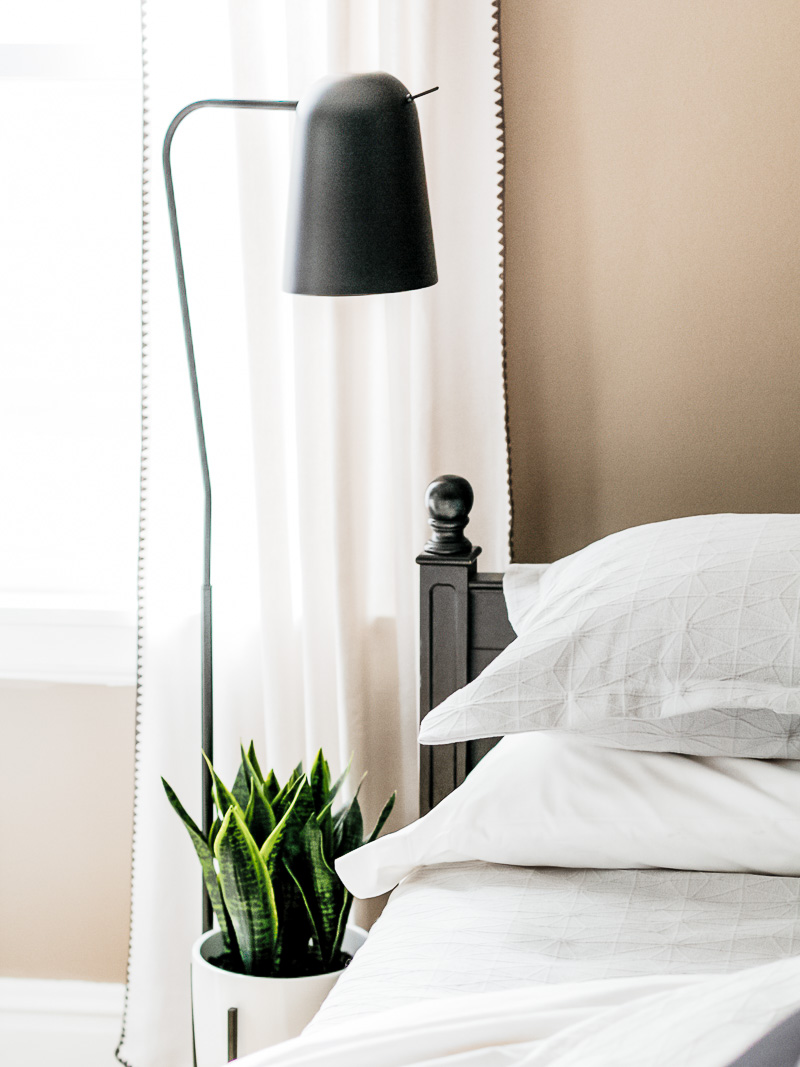 Home Office Guest Room Ideas That Save You Space