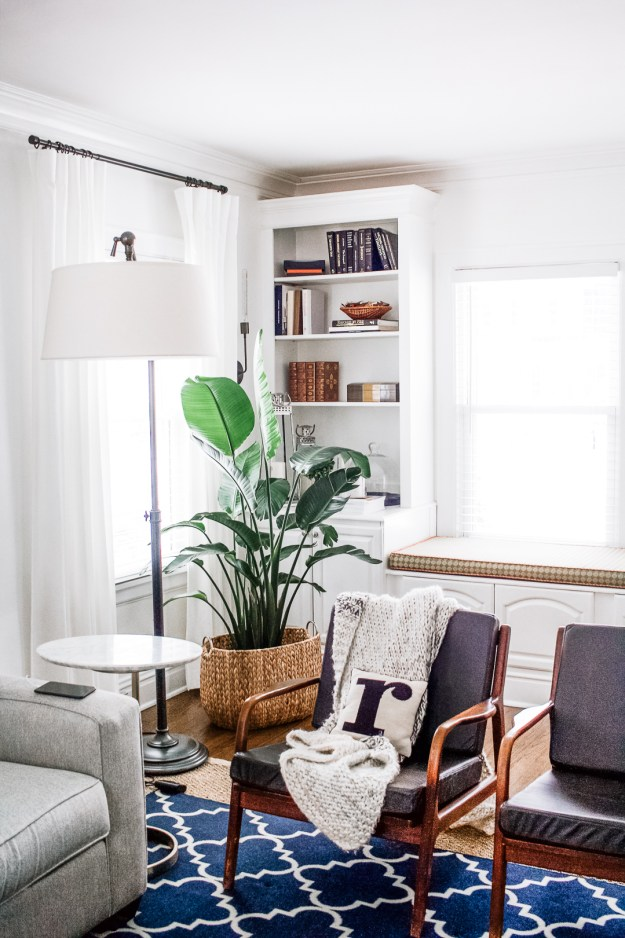 how to style bookshelf cheap
