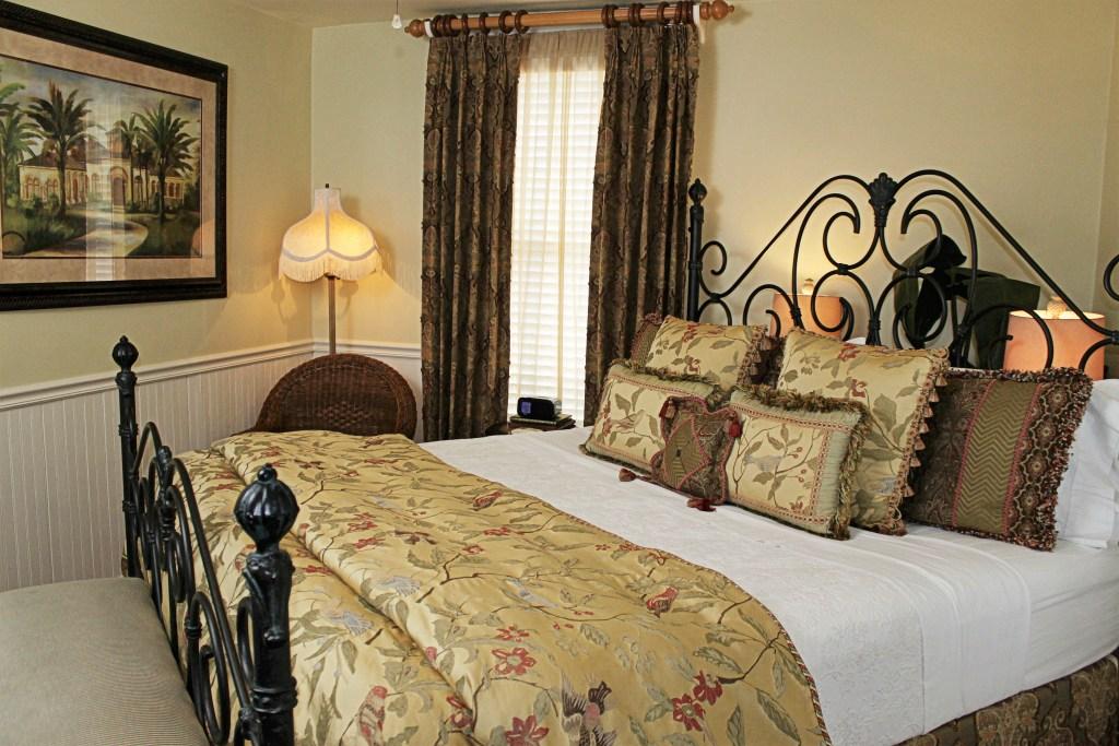 Cedar House Inn Floridian Room
