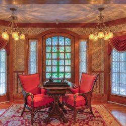 Cedar House Inn - parlor 04