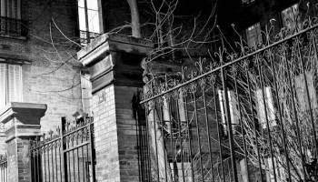 Paris la nuit en noir et blanc - Photographie au Rollei 6x6 argentique
