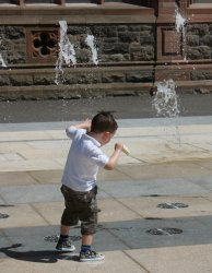 Derry_fountains2