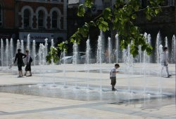 Derry_fountains3