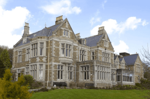 CEHC Coach Holidays to Treloyhan Manor, St Ives