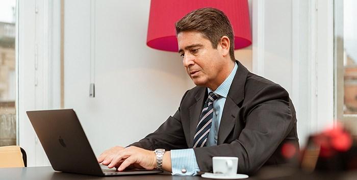 Enrique Fernandez, Abogada en CEL Abogados, Barcelona