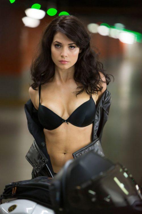 ユーリヤ・スニギル / Yuliya Snigir