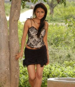 Aarti Chhabria Height and Weight 2013