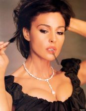 Monica Bellucci Height and Weight 2014