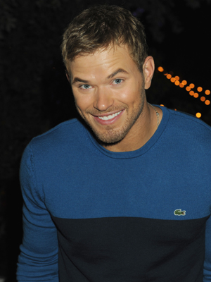 Kellan Lutz Biceps Size, Net Worth, Girlfriends