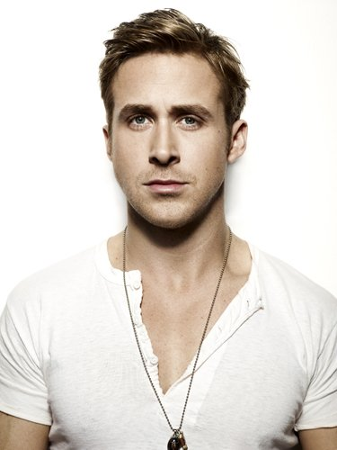 Ryan Gosling Body Size, Height And Weight 2014