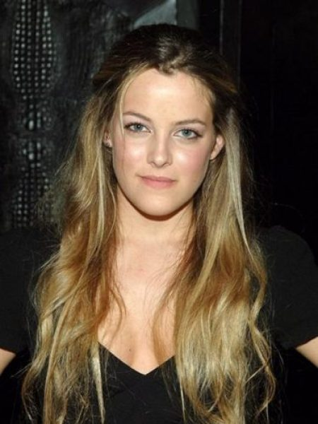 Riley Keough Measurements, Height, Weight, Bra Size, Age, Wiki