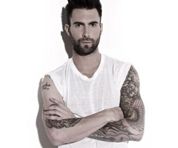 Adam Levine Height, Weight, Age, Biceps Size, Body Stats