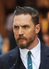 Tom Hardy Chest Biceps size