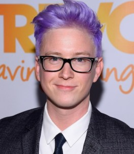 Tyler Oakley Height Weight Age Biceps Size Body Stats