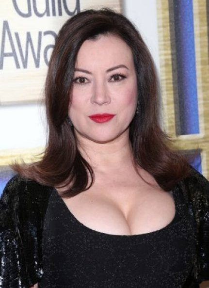 Jennifer Tilly height and weight