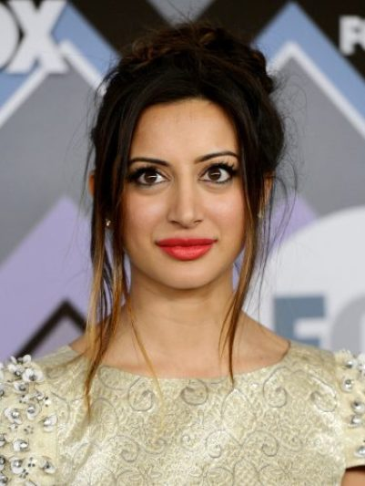 Noureen DeWulf Upcoming films,Birthday date,Affairs