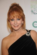 Reba McEntire Upcoming films,Birthday date,Affairs