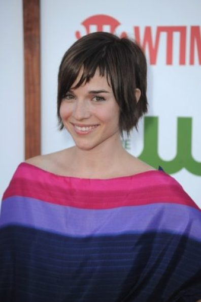 Renée Felice Smith height and weight