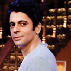 sunil-grover-chest-biceps-size