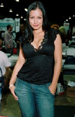 Aria Giovanni height and weight 2017