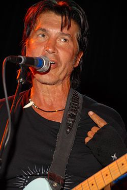 George Lynch girlfriend age biography