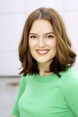 Jen Drohan Measurements, Height, Weight, Bra Size, Age, Wiki