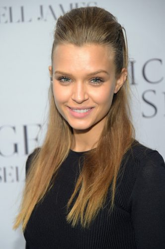 Josephine Skriver height and weight