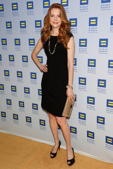 Darby Stanchfield Bra Size, Wiki, Hot Images