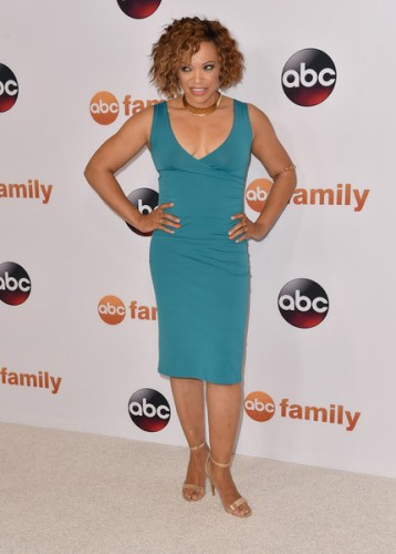 Tisha Michelle Campbell height and weight