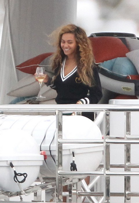 Beyonce And Jay Z Vacation In The Mediterranean Sea