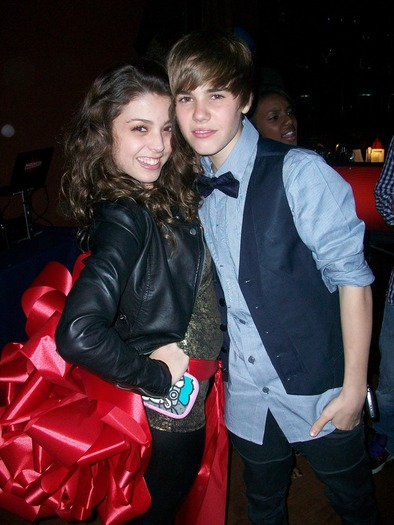 Justin Bieber Girlfriend 2013