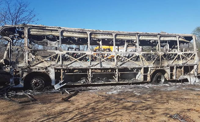 42 people burnt to death as gas cylinder explodes in Zimbabwean bus coming to South Africa