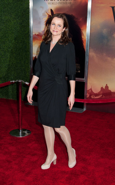 How Tall Is Emily Watson