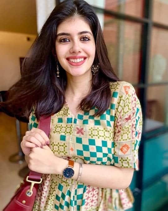 Sanjana Sanghi Biography Wiki, Birthday, Age, Height, Weight, Family, Marital Status, Affairs & Boyfriends, Net Worth, Social Media Accounts. - celebinfo.wiki - images.jpg