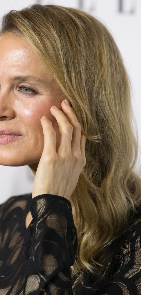 Critics are still 'fixated' on Renee Zellweger's new face, smooth forehead