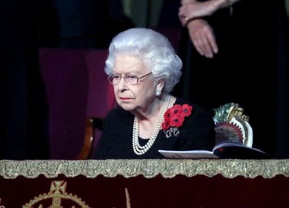 La regina Elisabetta II partecipa all'annuale Royal British Legion Festival of Remembrance presso la Royal Albert Hall il 09 novembre 2019 a Londra, Inghilterra.