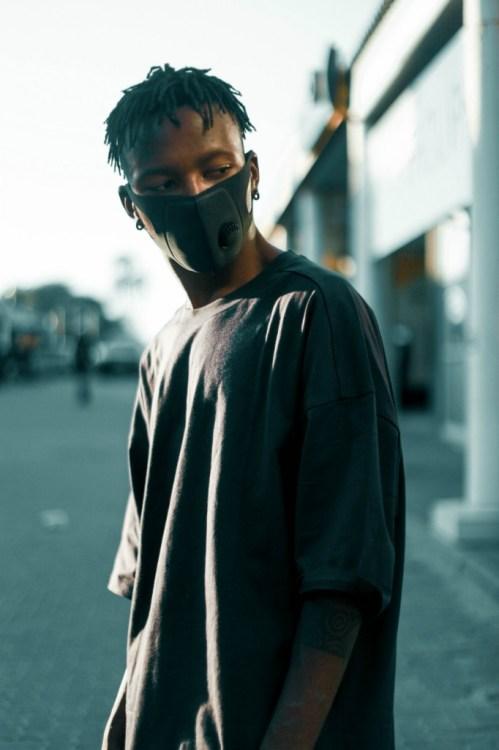 man-wearing-black-face-mask-3109743
