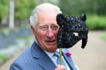 Il Principe di Galles e la Duchessa di Cornovaglia ospitano il ricevimento per il ballo degli animali della famiglia degli elefanti