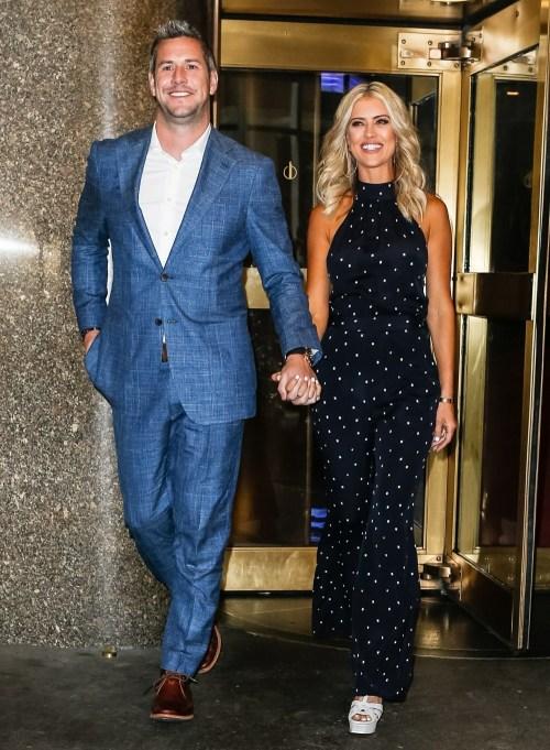 Christina El Moussa e il fidanzato Ant Anstead lasciano gli NBC Studios di New York