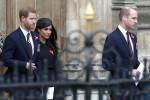 Il principe Harry e Meghan Markle celebrano l'Anzac Day a Londra