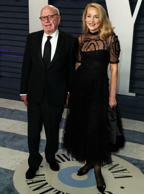Rupert Murdoch e la moglie Jerry Hall arrivano al Vanity Fair Oscar Party 2019 che si tiene presso il Wallis Annenberg Center for the Performing Arts il 24 febbraio 2019 a Beverly Hills, Los Angeles, California, Stati Uniti. (Foto di Xavier Collin / Image Press Ag