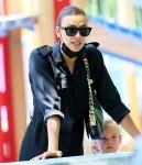 Irina Shayk porta sua figlia al parco dopo aver passato del tempo con Kanye West!