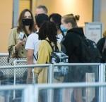 Angelina Jolie e la sua covata arrivano all'aeroporto JFK di New York